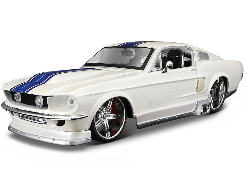 maisto 1 24 ford mustang 1967 weiss die cast modelle. Black Bedroom Furniture Sets. Home Design Ideas